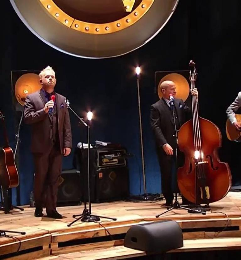 Dailey & Vincent - I'll Leave My Heart In Tennessee